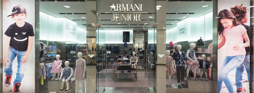 35 new opening nel 2012 per ARMANI JUNIOR.