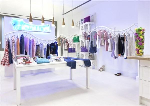 ikea arredamento negozio abbigliamento pannelli
