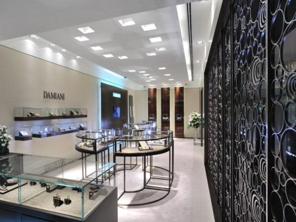 Damiani prima boutique in india an arredamento negozi for Interno case americane