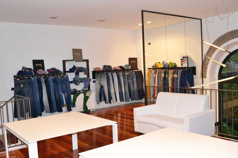 F G 1936 showroom Milano
