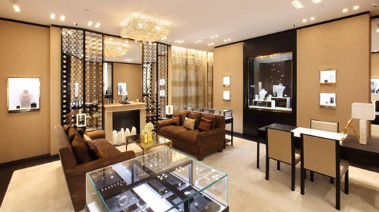 Chanel expands in china and brazil an arredamento for Chanel milano boutique