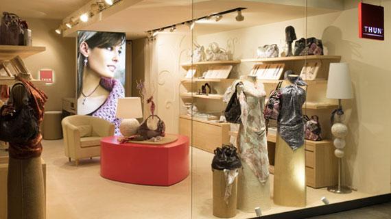 Boom di aperture per thun an arredamento negozi for Arredamento thun