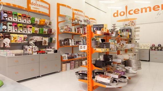 Negozio Cake Design Milano Via Porpora : DOLCEMENTE AN Arredamento Negozi Retail Design News