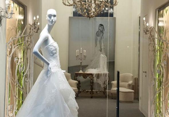 Alberta ferretti a roma la prima boutique atelier for Negozi arredamento como