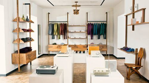 Paul smith rinnova il flagship di londra an shopfitting for Designer furniture shops london