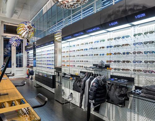 Italia independent an arredamento negozi retail design for Negozi mobili italia