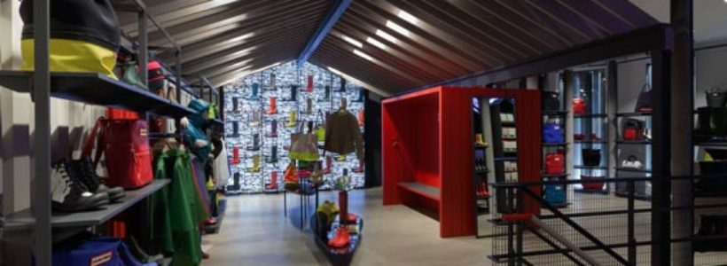HUNTER apre a Londra il suo primo flagship store.