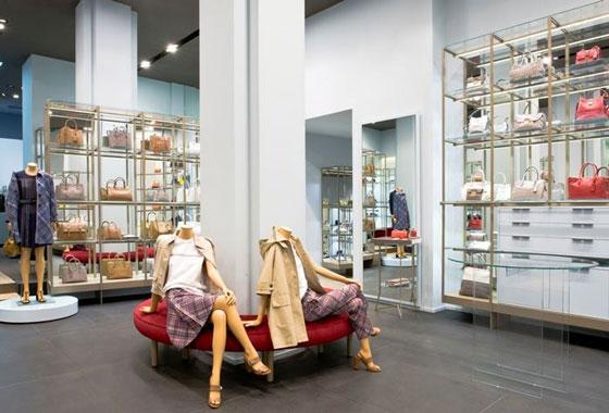 Coltorti boutique an shopfitting magazine for Negozi arredamento ancona