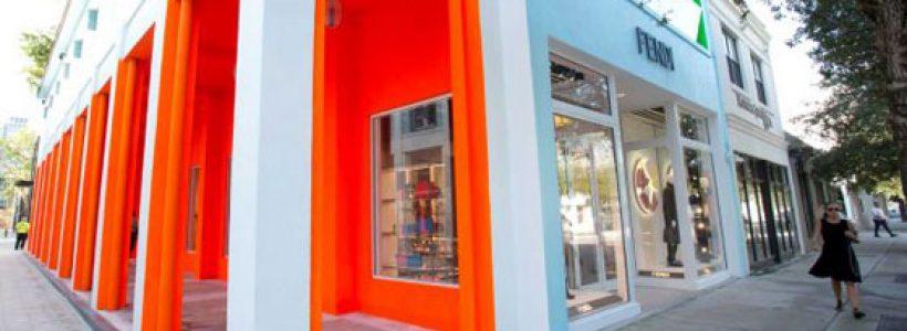 FENDI debutta nel Miami Design District con un nuovo concept store.