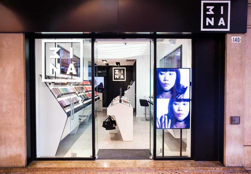 3INA flagship store Modena