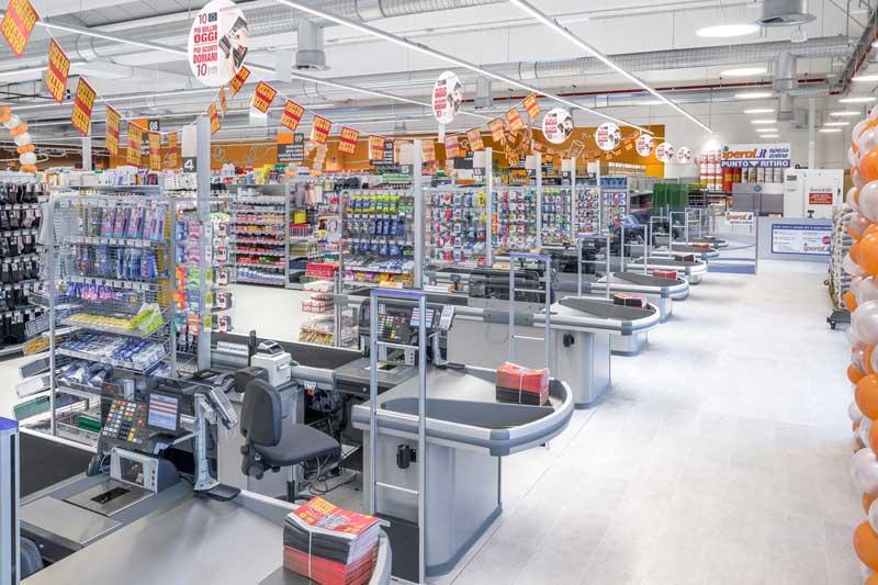 Cefla Shopfitting allestimento Iperal