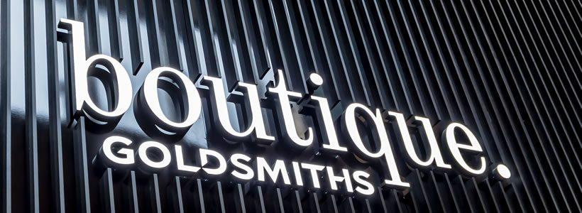 Lo Studio GREEN ROOM progetta e realizza la gioielleria boutique.Goldsmiths