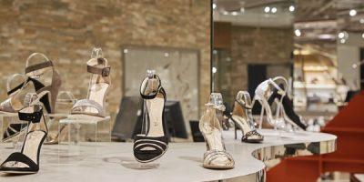 Chaoyang JoyCity 2F Shoes Beijing, China. Gravity and magnetism.