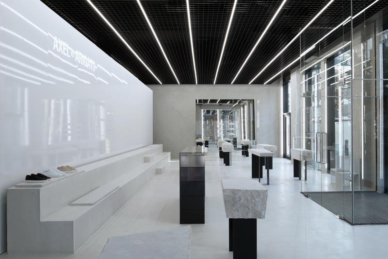 Axel Arigato flagship store Londra