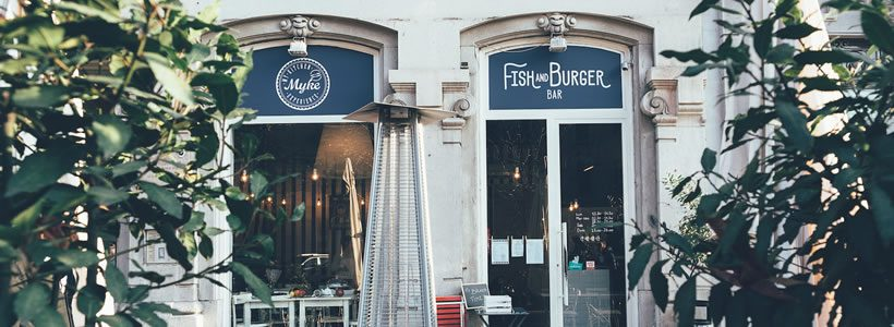 Nuovo design per il milanese Myke Fish&Burger Bar. La firma è di Hit arcHITects.