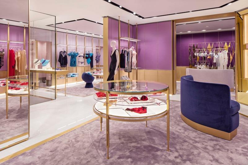 retail design boutique La Perla Milano