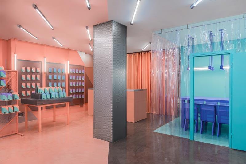 Masquespacio designs Doctor Manzana store