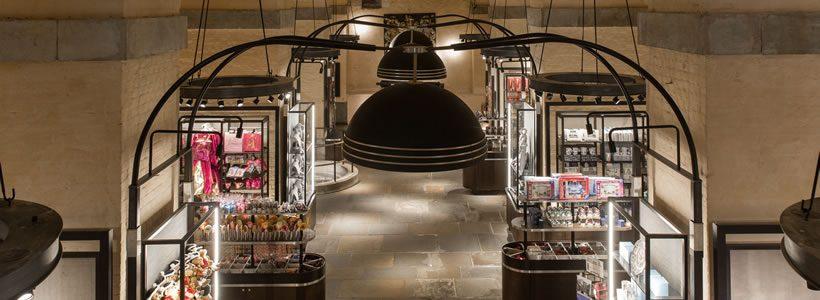 WHITE TOWER: un negozio di articoli regalo nella Torre di Londra