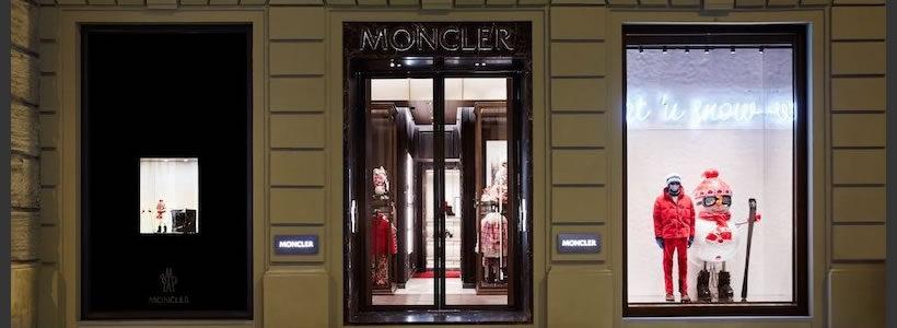 MONCLER apre la sua prima boutique monomarca a Firenze.