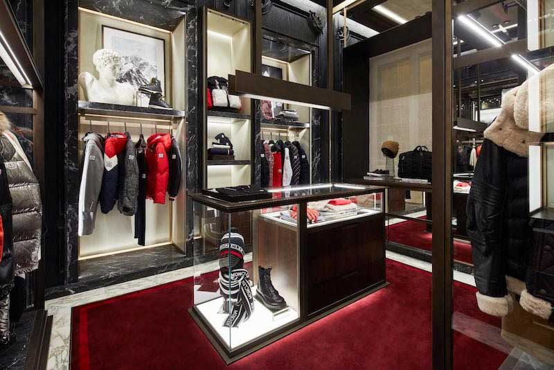 Moncler boutique monomarca Firenze