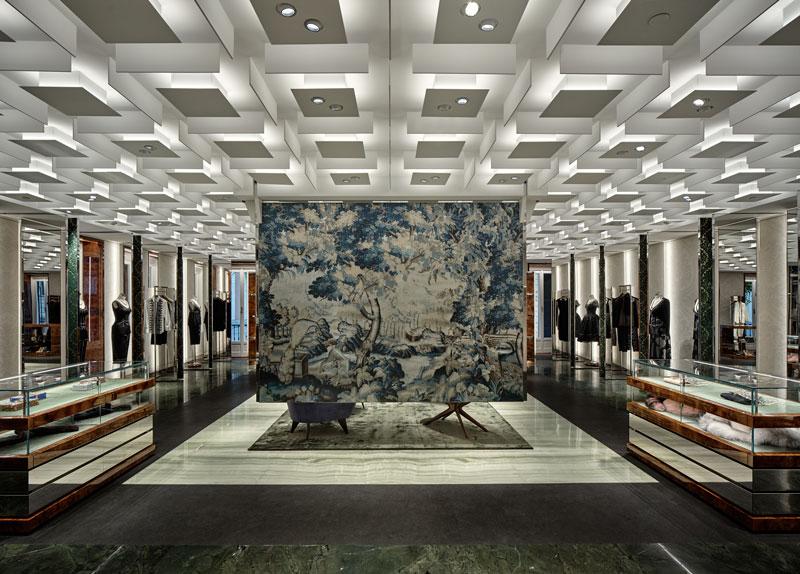 Curiosity retail design Dolce Gabbana Montenapoleone Milano
