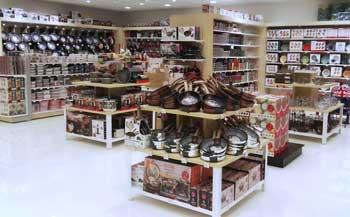 Satur apre a Deruta parco commerciale della rena Life Shopping