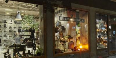 Piotr Płoski and Smallna Design Studio designed Skin & Stalowa Boutique in Warsaw