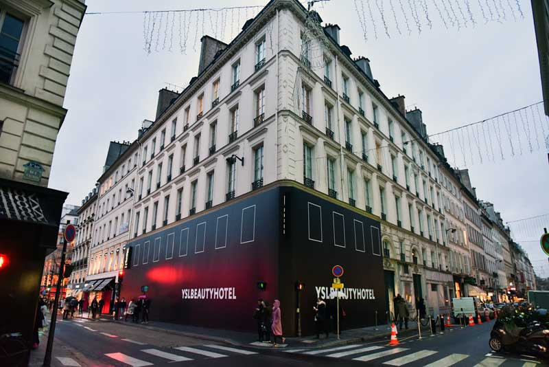 POP UP STORE YSL BEAUTY HOTEL PARIGI