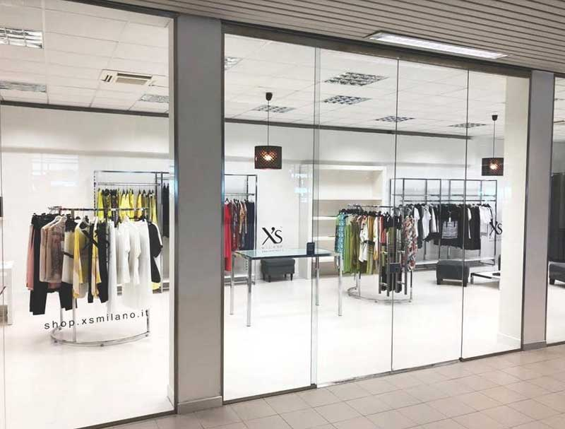 Xs Milano boutique monomarca aeroporto Rimini
