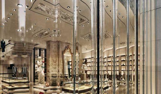 """""""Dietro il Sipario"""" – Gwenael Nicolas progetta la boutique Dolce&Gabbana di Miami."""