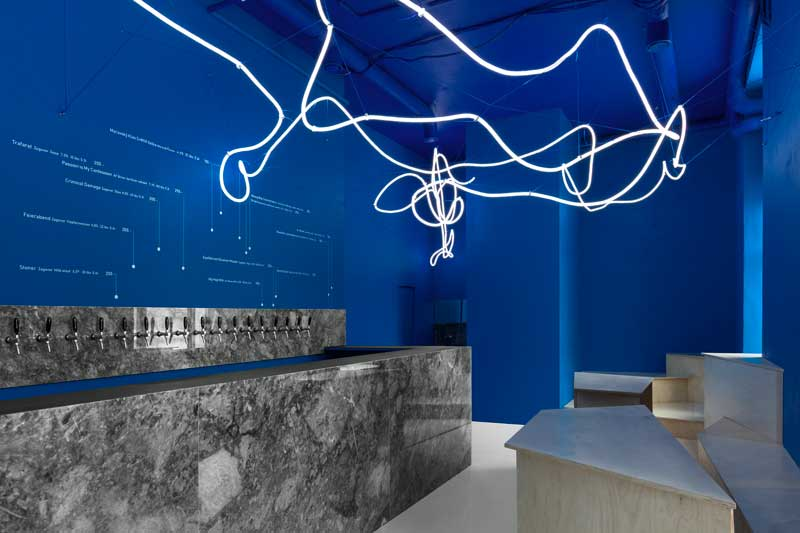 interior design galaxy bar and bottle shop moscow