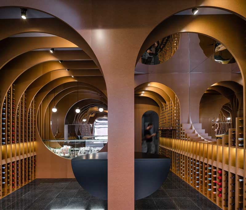 VINOS & VIANDAS Wine Shop Valladolid by Zooco Estudio