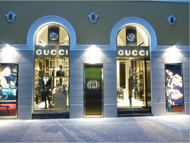 negozio monomarca Gucci nel centro storico di Varese