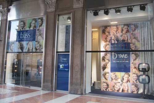 BLISS temporary store Piazza Duomo Milano