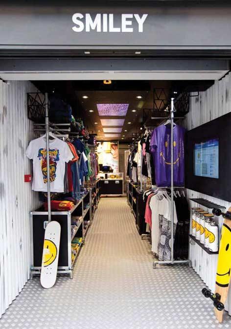 Smiley apre a Londra il primo store