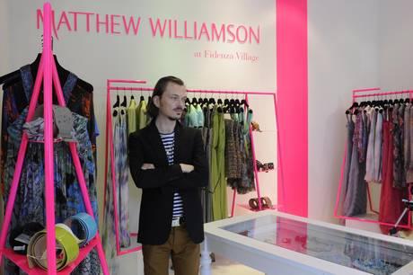 Matthew Williamson debutta in Italia con un temporary store