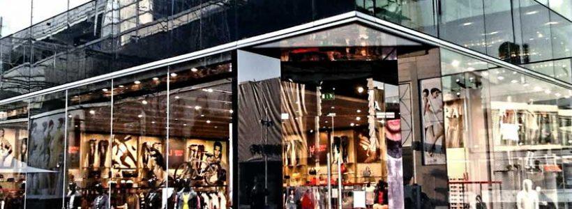 ARMANI JEANS apre a Londra il negozio più grande del mondo.
