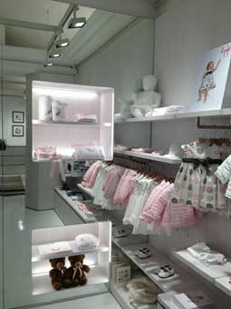 Il Gufo ha aperto il suo primo flagship store a Roma