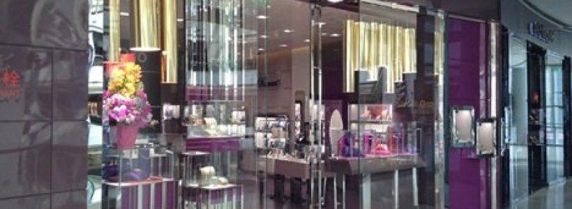 STROILI ORO inaugura un flagship store a Shanghai.