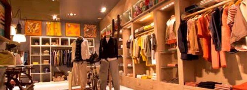 WOOLRICH riapre a Forte dei Marmi con il nuovo concept store.