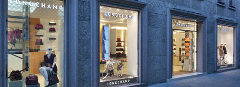 LONGCHAMP apre la sua prima boutique in Italia.