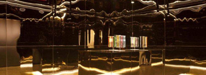 CRUCIANI C: in tutto il mondo gli store dedicati ai braccialetti.