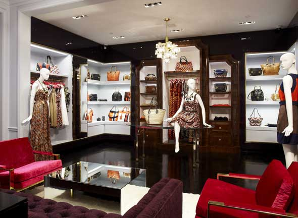Martell Donagher e O'Neil Langhan Boutique Milly New York