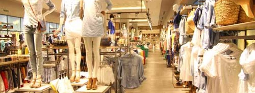 STRADIVARIUS apre un flagship store a Milano.