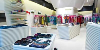 CUSTO BARCELONA apre un nuovo flagship store a Londra.