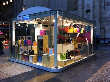 FULLSPOT pop-up store