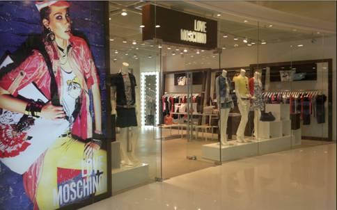 Moschino ha inaugurato tre nuove boutique in Cina