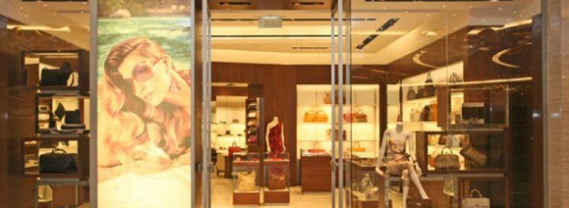 SALVATORE FERRAGAMO: monomarca ad Abu Dhabi.