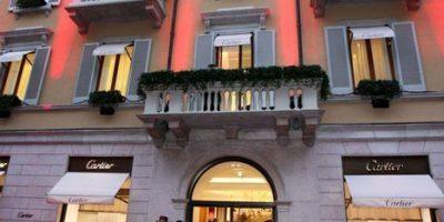 CARTIER riapre la boutique di Milano.