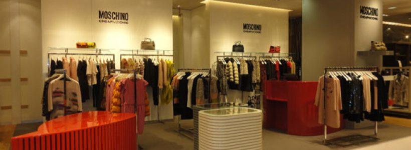 MOSCHINO CheapAndChic: shop in shop nelle Galeries Lafayette di Parigi.